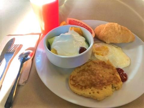 005_480_breakfast.jpg