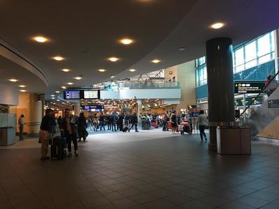 バンクーバー空港.jpg