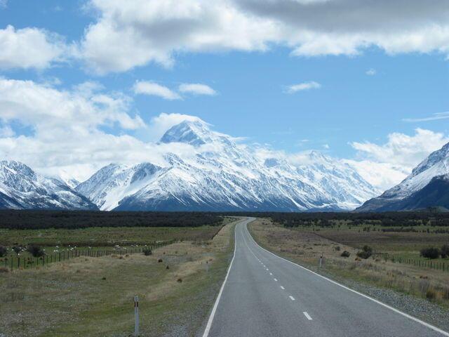 Mt Cook9857171_1376066020_162large.jpg