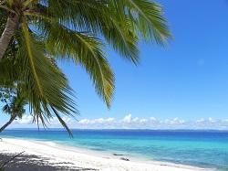 white-sandy-beach-928100_1920.jpg