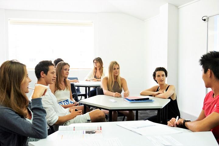 14 Navitas English Manly class.jpg