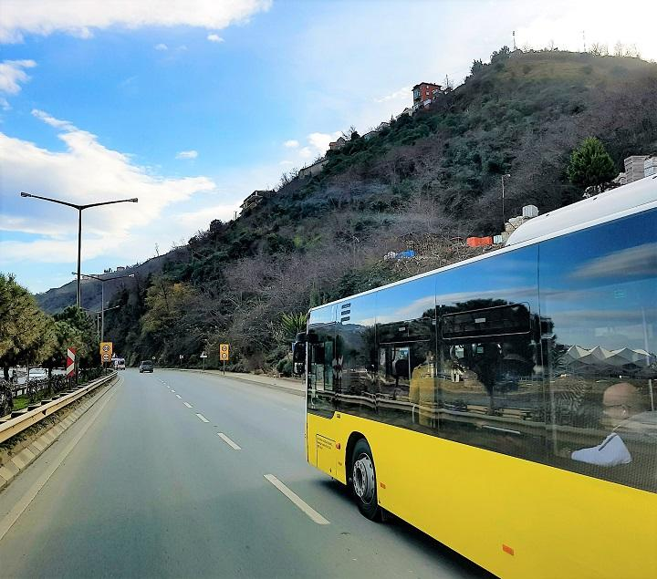 bus-2069419_1920_720.jpg