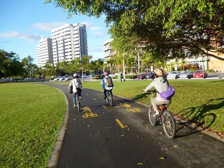 cairns_bicycle_720.jpg