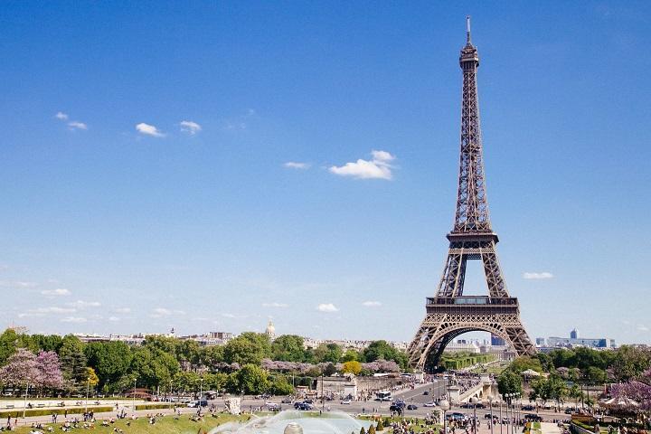 Eiffel_720.jpg