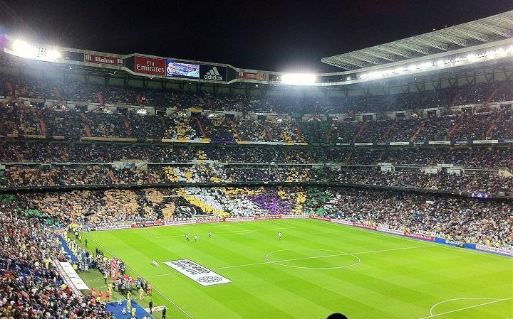 football-stadium-254443_720.jpg