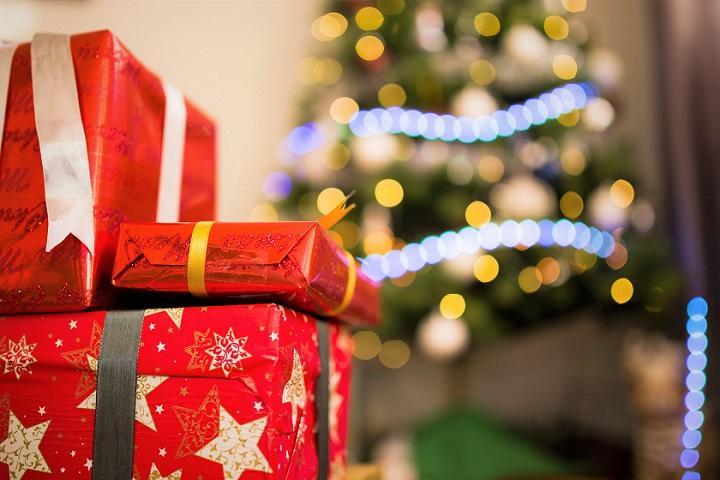 blur-bokeh-christmas-720.jpg