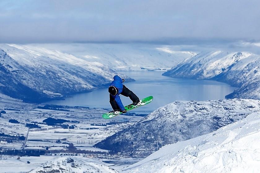ABC snowboard photo 1_840.jpg