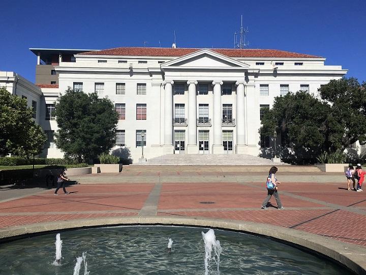 UC Berkeley_Sproul Hall_720.jpg