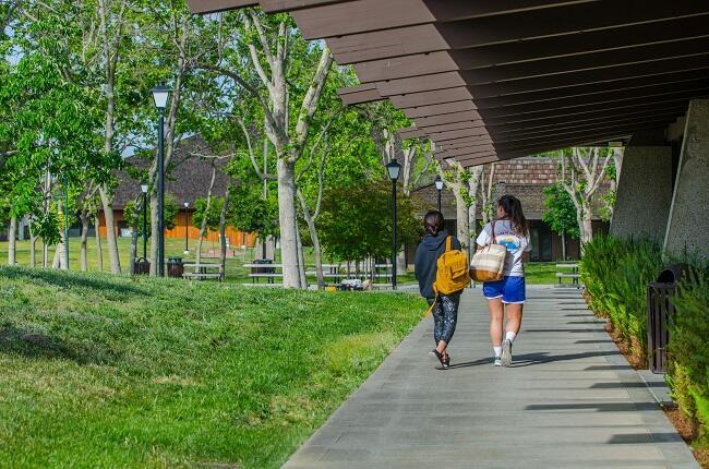 Foothill Campus Exterior.jpg
